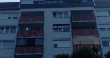 Večstanovanjska hiša