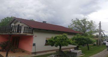 Enodružinska hiša